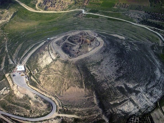 800px Herodium from above 2