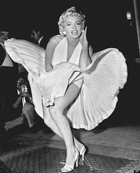 o MARILYN MONROE SEVEN YEAR ITCH 570
